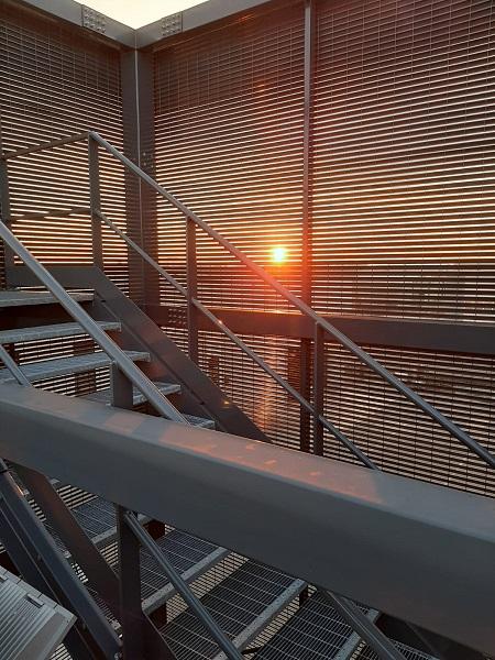 Talia schermatura della scala antincendio di un nuovo opificio