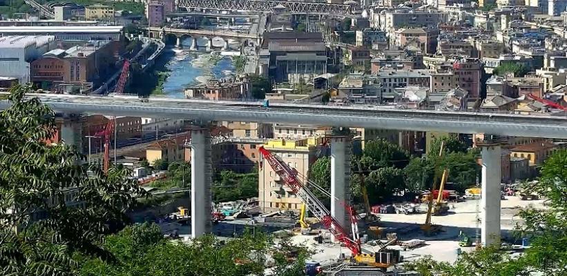 POTISSIMUM EDILIZIA | Il grigliato orsogril per le passerelle ai lati della carreggiata del nuovo ponte di Genova