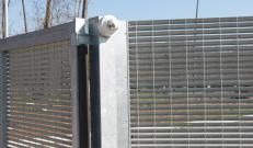 Nuova Defim Orsogril recinzione Talia con sistemi di sorveglianza integrati