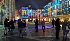 Città dei Balocchi: le luci in Piazza Duomo a Como