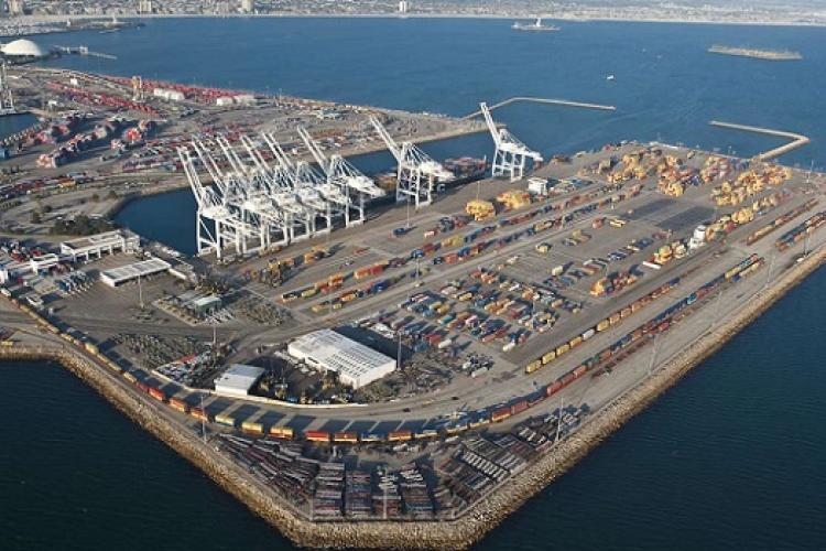 Nuova Defim Orsogril | Recinzioni robuste e sicure per il Porto di Vado Ligure