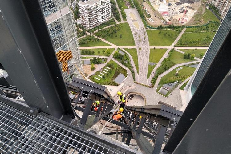 Pressato Utilior | Vista panoramica dall'alto della Torre Libeskind