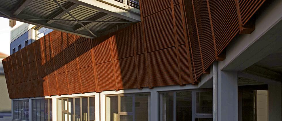 Rivestimenti di facciata in corten Talia® / Screen / TaliAlive